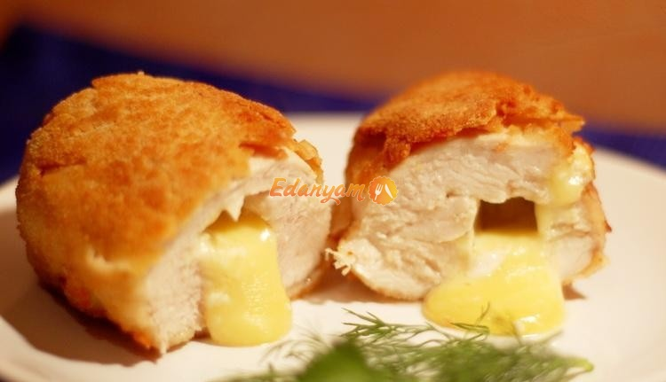 Курица с сыром в панировке