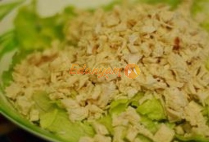 Рецепт салата с вареной курицей пошагово