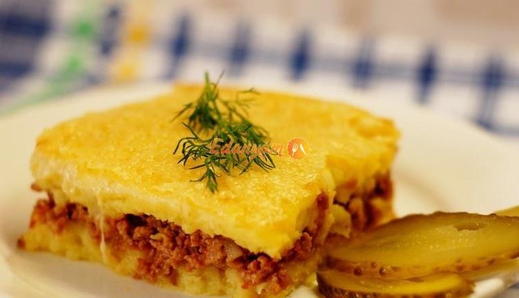 Картофельная запеканка с пюре и фаршем в духовке с пошагово
